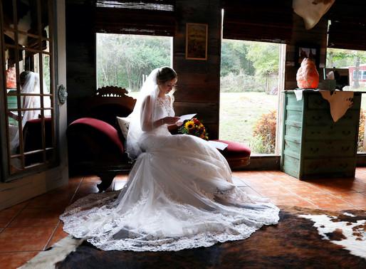 Rustic Wedding Must Haves