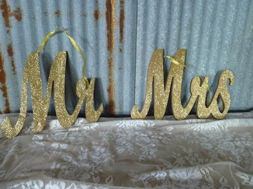 Mr. & Mrs. Gold Sign - QTY 1