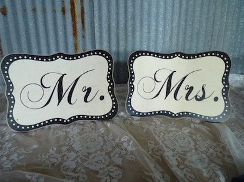 Mr. & Mrs. Signs (B&W) - QTY 1 Set