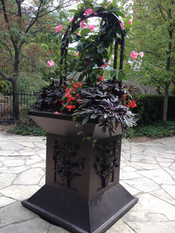Custom decorative flower pot