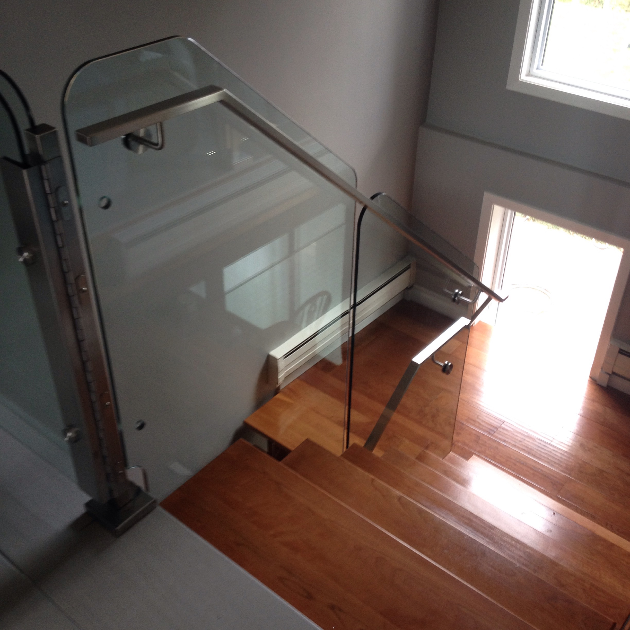 Glass Railing & Stainless Handrail