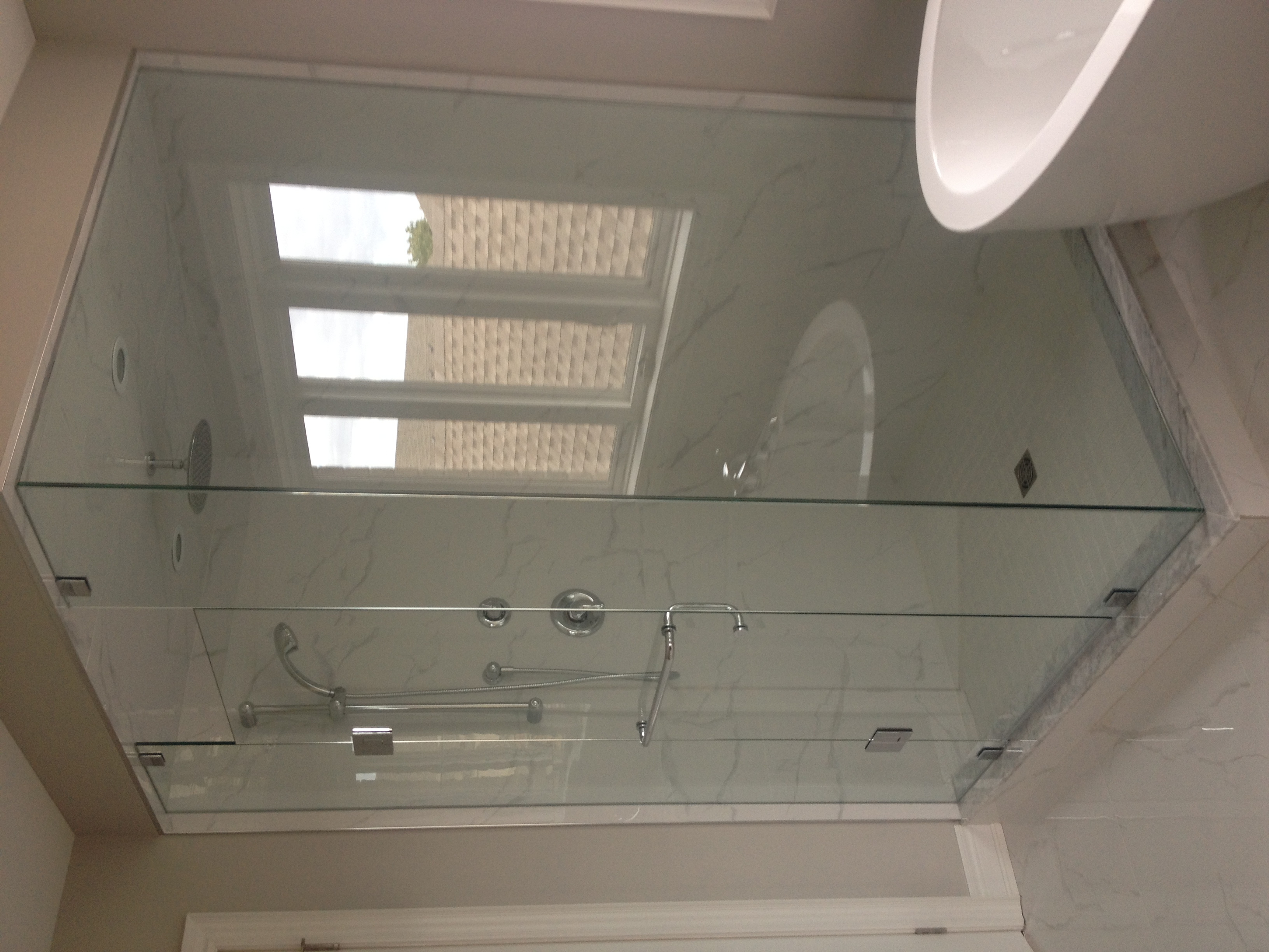 Glass Shower With Hinged Door