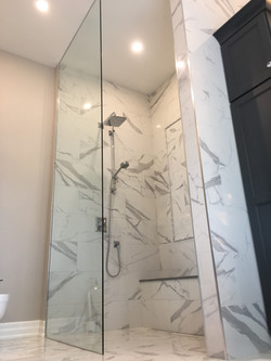 Free Standing Glass Shower Wall