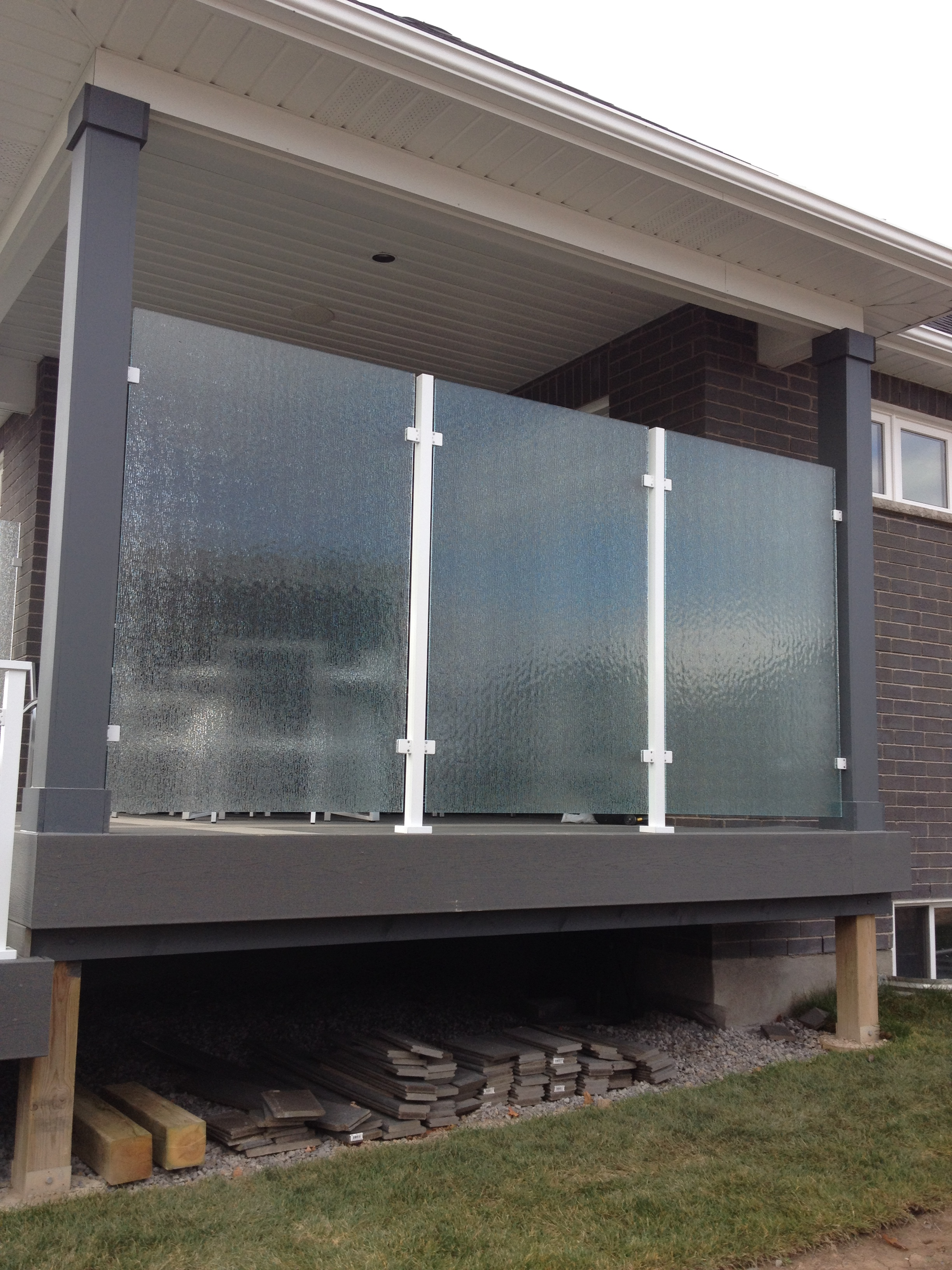 Exterior Frosted Glass Privacy Wall
