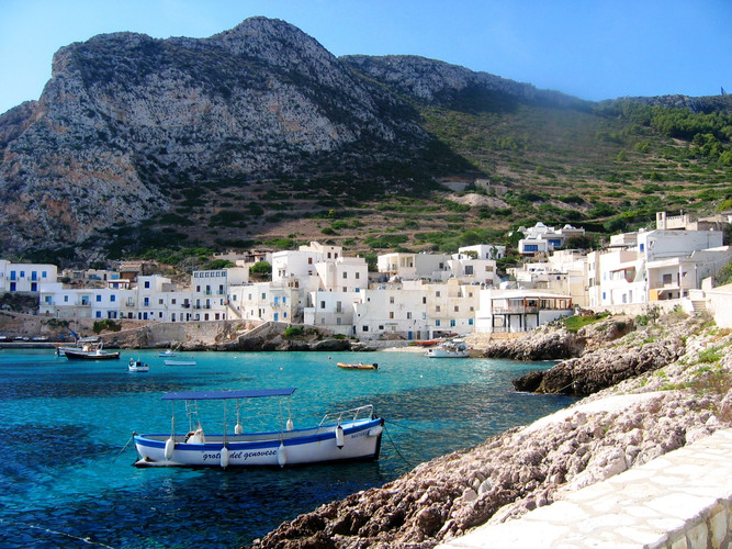 Haven_van_Levanzo-Isole_Egadi.JPG