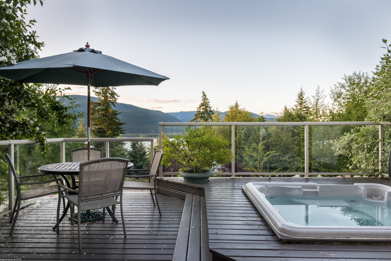 Lake Vista Suite