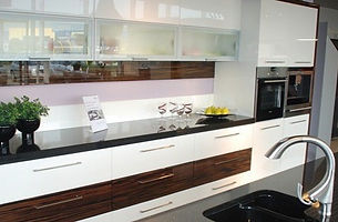 acrylic-kitchens.jpg