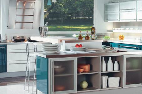 Ultra Modern Kitchen: The Lugo Style