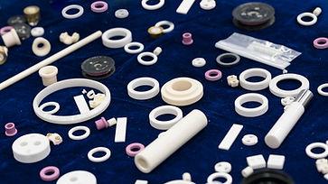 Ceramic part for machine, automotive, va