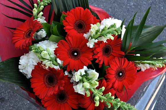 Red & White Diamond Bouquet