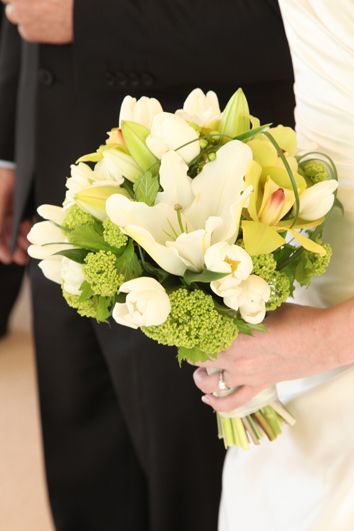 White & Green Garden Mix Bouquet