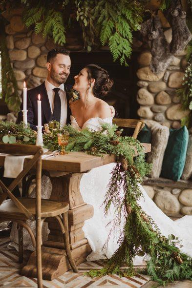 Cozy-Romantic-Winter-Wedding-Inspiration