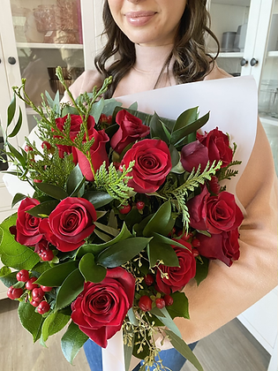 Valentine's Roses: Classic Red