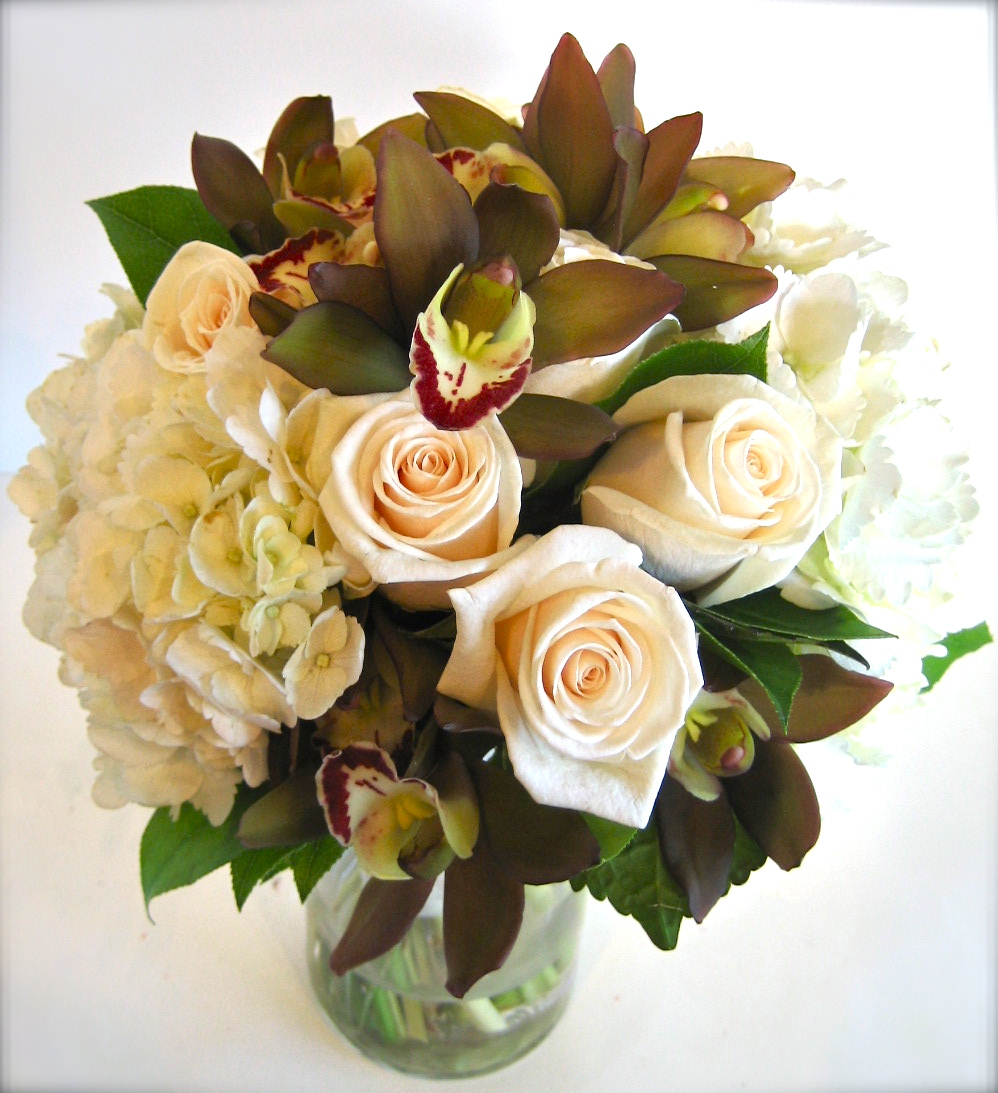 Cream & Brown Bouquet