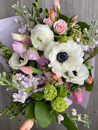 SOFT | BESPOKE   Creative Edge Flowers Signature Hand tied Bouquets