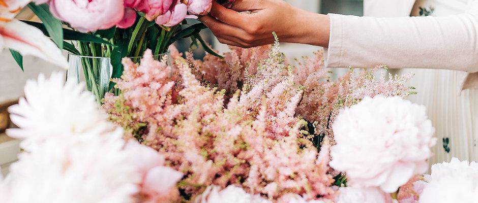 New! Choose a Value: Designer's Choice Vase Arrangement
