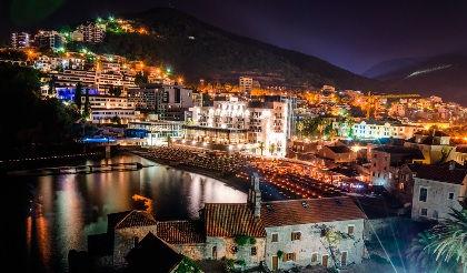 Черногория. Ночная Будва
