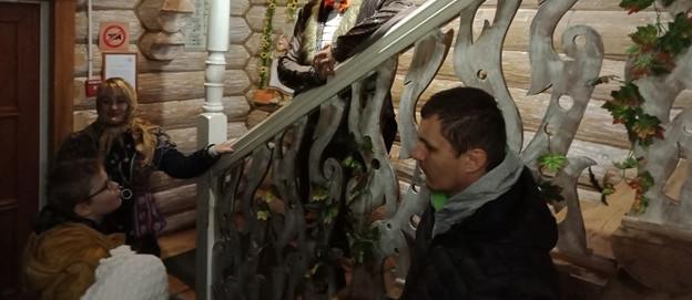 Кот Баюн встречает гостей