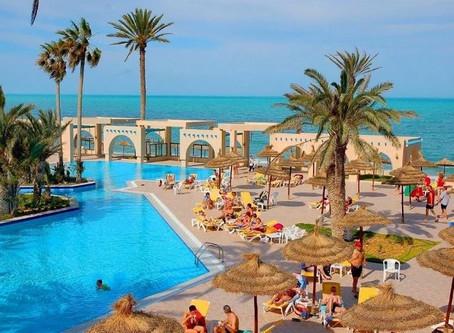 Тунис - 5 туров от 35 до 40 тысяч за двоих в октябре.