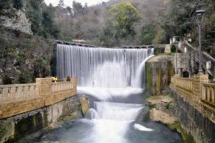 Самостоятельно поехать в Абхазию. Новоафонский водопад