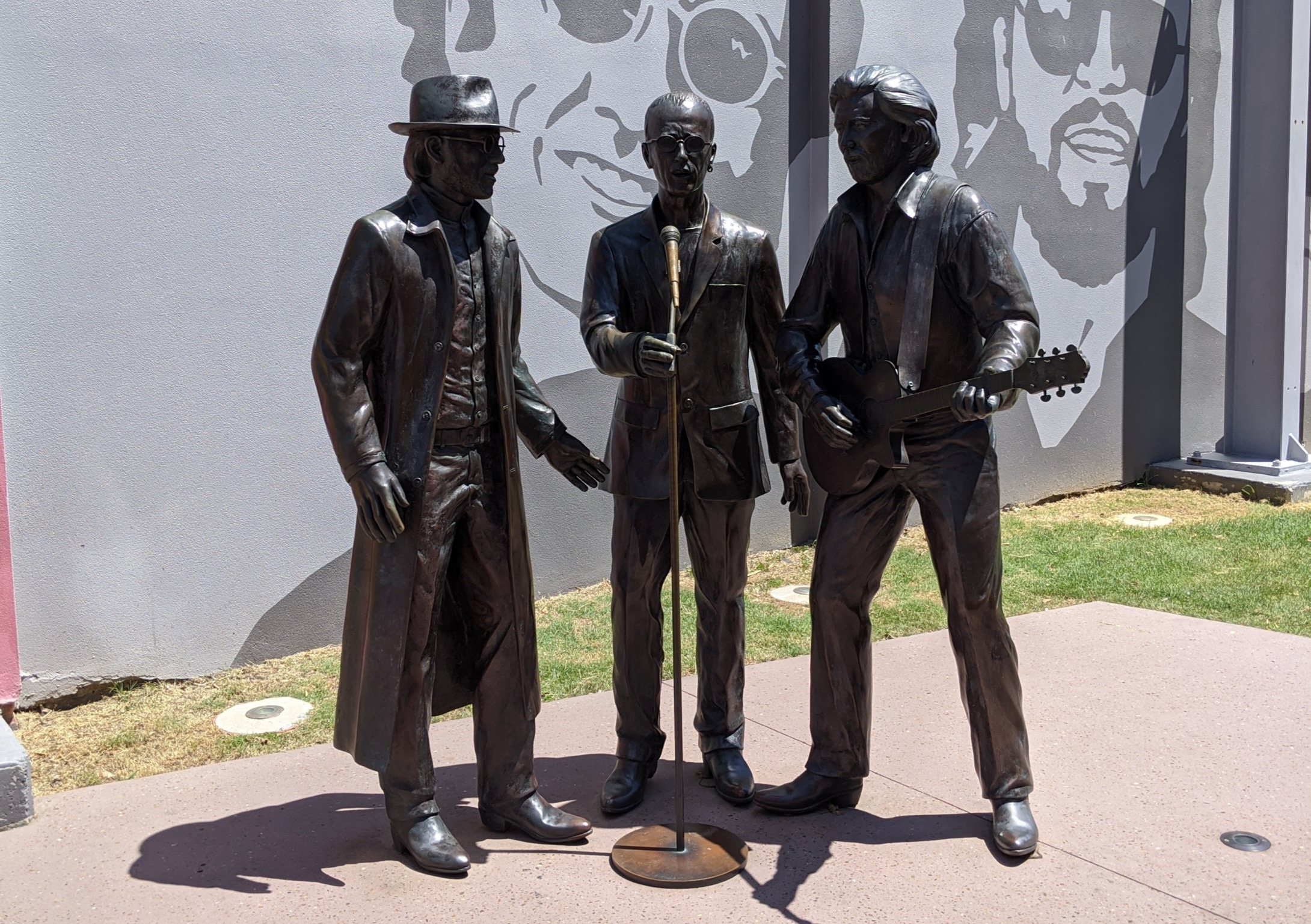 Gibbs brothers statue
