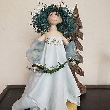 garden goddess aqua full.jpg