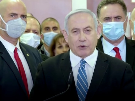 Netanyahu goes on trial to protests for and against the PM
