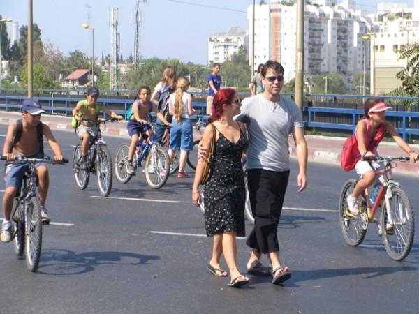 Next to the Tel Aviv boardwalk.