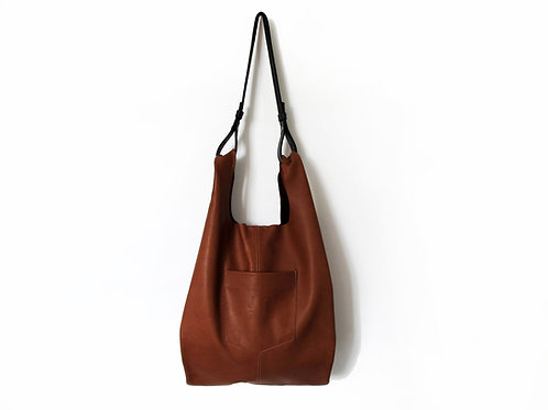 TOBACCO BROWN LEATHER TOTE BAG