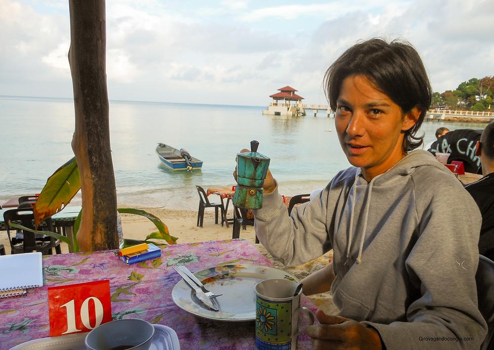 Ristorantino in riva al mare, Parentian islands, Malesia