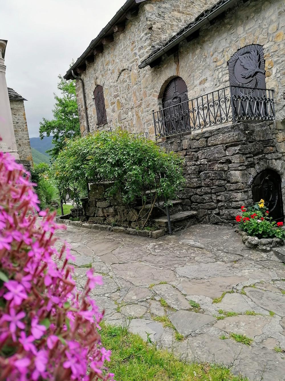 il borgo di Brugnello sull'appennino piacentino