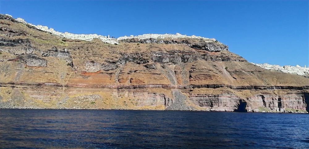 Cosa fare a Santorini: il tour della Caldera
