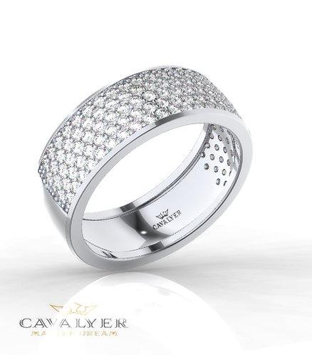 טבעת משובצת חמש שורות