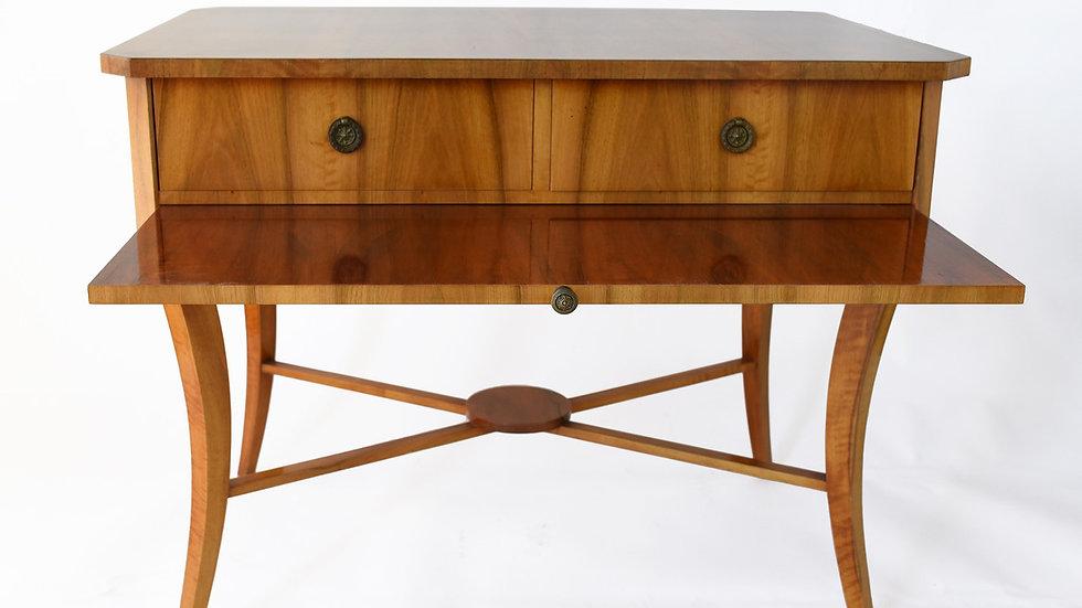 Biedermeier style. Vienna Woods design small veneered writing desk