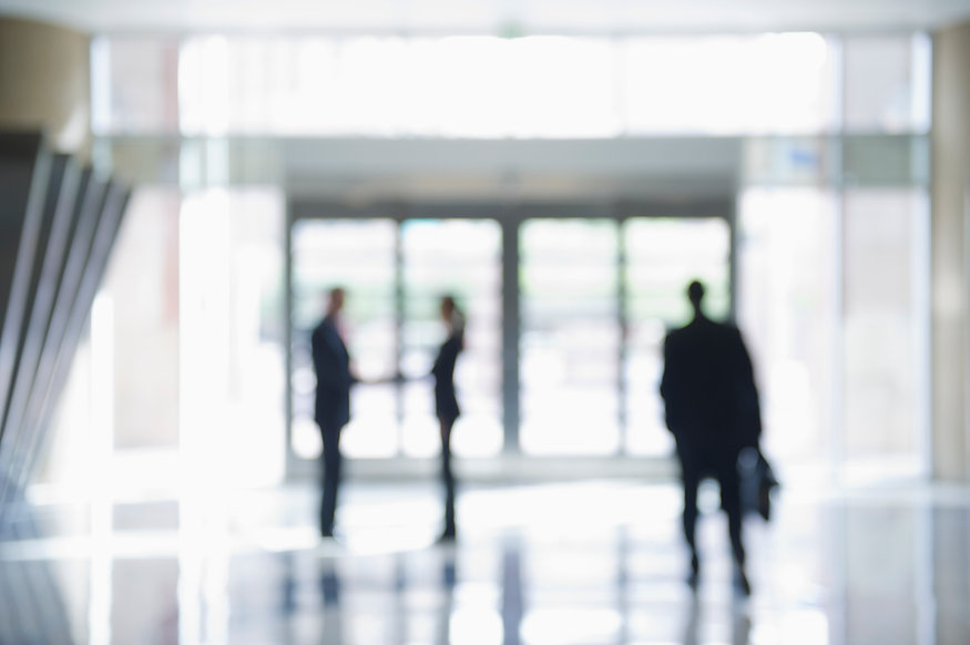 Munkaerő-kölcsönzés és közvetítés közötti különbségek, információk