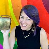 av-headshot-rainbow-almglocken.jpg