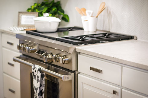 white-kitchen_t20_a8Xv1E.jpg