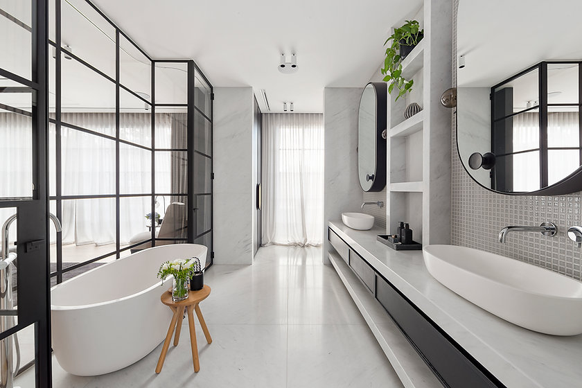 bathroom-3Z8MUBA.jpg