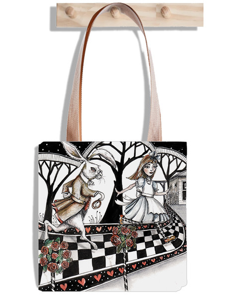 ALice and hare skipping bag