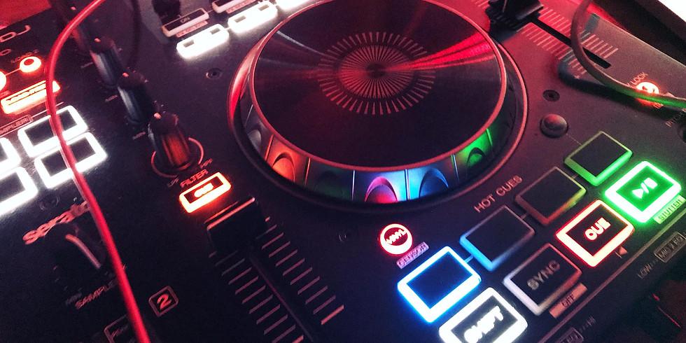 Les samedis GROOVY avec DJ Roody Rock