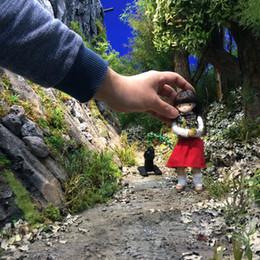 撮影の様子。山道のシーンです。