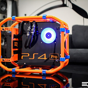 Watercooled PS4 Pro