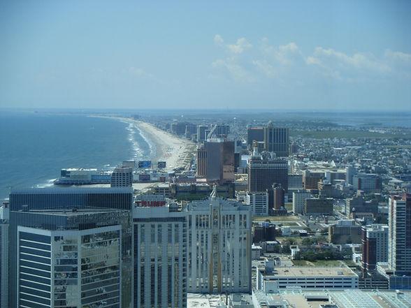 Atlantic_City_skyline_from_47th_floor_of