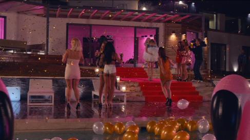 la villa - pool party.png