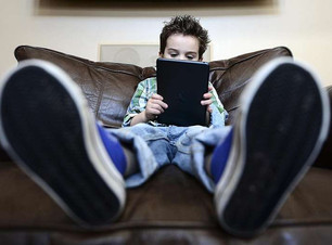 dangers-of-too-much-screen-time-straits-