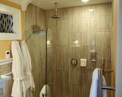 Finch Room Shower