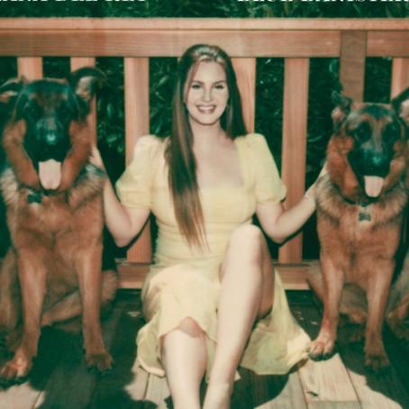 Lana del Rey anuncia fecha para su nuevo álbum Blue Banisters
