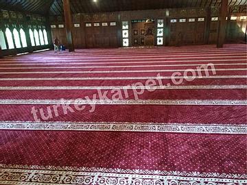 Pemasangan Karpet Masjid Nurul Wathan
