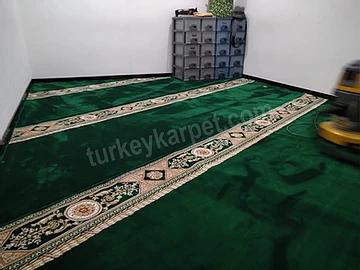 Pemasangan Karpet Masjid Plaza Mandiri, Jakarta
