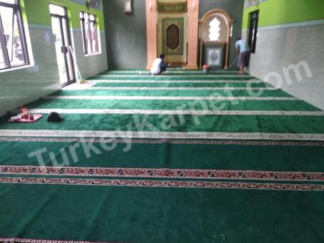 Pemasangan Karpet Musholla Mamba'ul Khoirot, Kayu Ringin